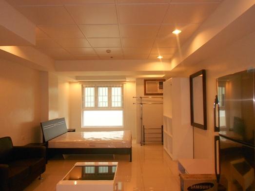 for-rent-studio-condominium-near-ayala-cebu-city-philippines-38sqm
