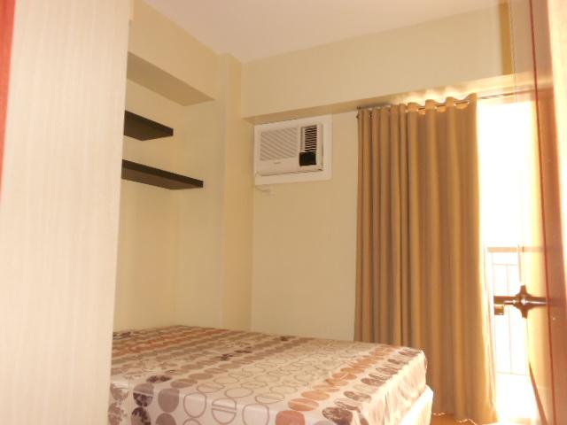1-bedroom-condominium-for-rent-at-woodcrest-residences-guadalupe-cebu-city