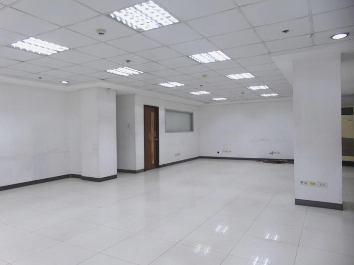 office-space-in-mandaue-city-cebu-201-square-meters