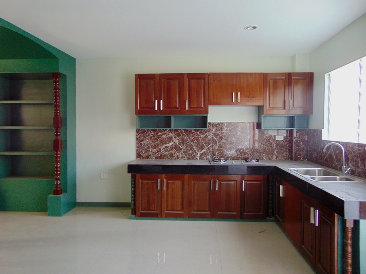 banawa-cebu-city-newly-built-townhouse-with-4-bedrooms