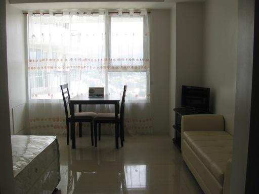 calyx-centre-condominium-for-rent-in-cebu-it-park-cebu-city-26sqm