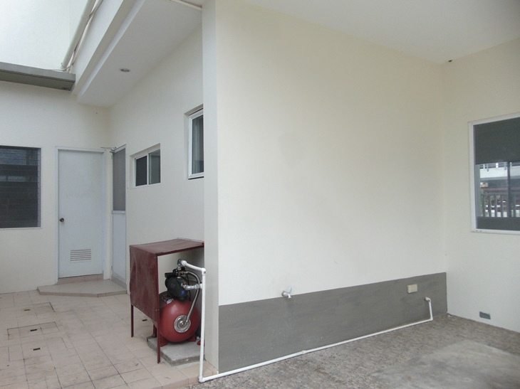 4-bedrooms-house-in-casuntingan-mandaue-city-cebu-unfurnished