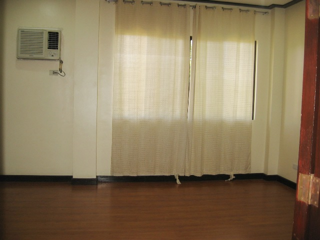 3-bedroom-nice-apartment-for-rent-in-lahug-cebu-city-with-aircon-units
