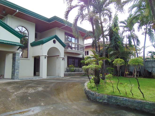 4 Bedroom House for Rent in Lahug, Cebu City Unfurnished