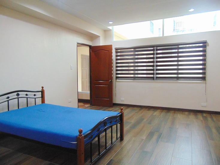 3-bedrooms-house-for-rent-semi-furnished-located-in-banilad-cebu-city