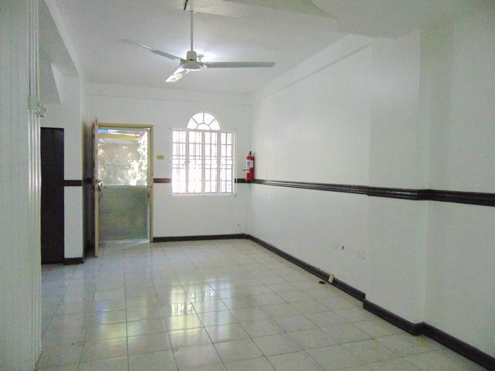 3-bedroom-apartment-for-rent-in-cabancalan-mandaue-city-cebu